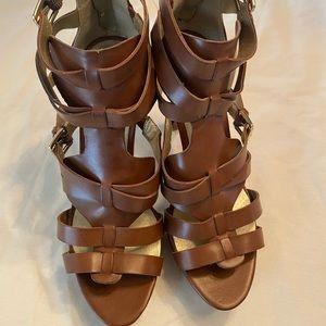 Women's size 8 guess high heel sandals